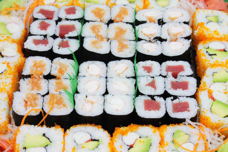 maki-mix-galeria_rocio-tapas-sushi